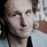 He ovat paenneet (2014) ohjaaja J-P Valkeapää. Kuvaaja Adriana Dobrin