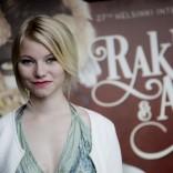 He ovat paenneet (2014) näyttelijä Roosa Söderholm. Kuvaaja Adriana Dobrin